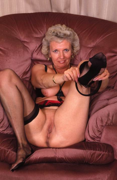 Old Pussy Exam  Matures Milfs Grannies Moms hairy